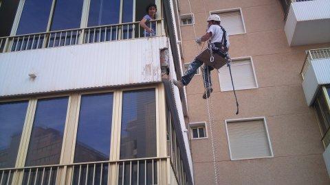 Trabajos Verticales en Alicante. Edificio Sandra, Arenales